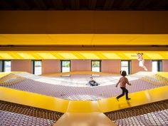 The Playscape -儿童成长中心,北京 / waa未觉建筑 - 谷德设计网 Playground, Centre, Basketball Court, Indoor, Community, Gallery, Children, Design, Children Playground