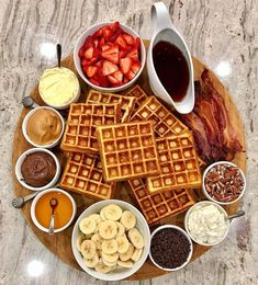 Crunchy crispy waffle recipe in waffle maker All recipes include calories and Weight Watchers Breakfast Platter, Breakfast Recipes, Cute Breakfast Ideas, Breakfast Buffet, Brunch Recipes, Drink Recipes, Breakfast Picnic, Snack Platter, Dessert Platter