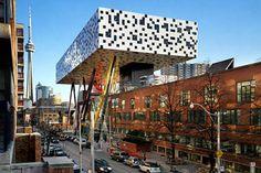Ontario College of Art. Will Alsop's architecture in Toronto, Ontario, Canada. Cantilever Architecture, Toronto Architecture, Architecture Design, Creative Architecture, Historical Architecture, Amazing Architecture, Contemporary Architecture, Contemporary Style, Ontario