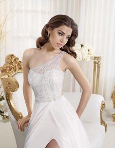 "Bridal dress P7434 by ""2014 Perle di Delsa collection""."