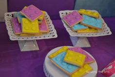 Lego cookies at a Lego Friends Party Lego Themed Party, Lego Birthday Party, 6th Birthday Parties, Girl Birthday, Birthday Ideas, Lego Friends Birthday, Lego Friends Party, Friends Cake, Girls Lego Party