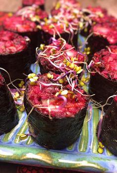 SUSHI Z KASZĄ GRYCZANĄ I BURAKIEM – Vegenerat Biegowy Sushi, Cabbage, Cherry, Fruit, Vegetables, Recipes, Food, Drink, Side Plates