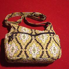 Vera Bradley nice purse Very nice have pocket on sides Vera Bradley Bags Crossbody Bags