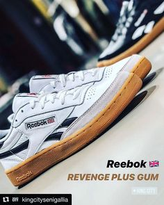 #Repost @kingcitysenigallia  This is DOPE!  Reebok REVENGE PLUS GUM  #sneakers #sneakerhead #sneakersaddict #reebok #reebokclassic