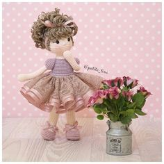 Always take time to stop and smell the roses!  #amigurumi #babynursery #ballet #ballerinadoll #childrensgifts #crochet #crochetdoll #clothdoll #dolldress #dolloutfit #fabricdoll #handmadedolls #kidsdecor #kidsroom #etsy #etsyAU #BubblesAndBongo #あみぐるみ