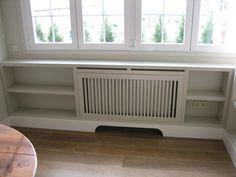 Cubreradiadores a medida, lacados en los mismos colores que las paredes de la casa. www.mueblesdelagranja.es