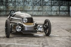 The Morgan EV3 Hand-Built Three-Wheeler Takes Us Back in Time