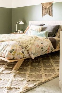 Bohemian Bedroom Ideas – Romantic neutral and green boho bedroom idea – Top Trend – Decor – Life Style Boho Chic, Bohemian Decor, Bohemian Bedrooms, Modern Bohemian, Boho Style, Cozy Bedroom, Bedroom Decor, Bedroom Ideas, Bedroom Romantic
