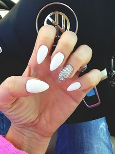White stiletto nails - almond nails - Care - Skin care , beauty ideas and skin care tips Nail Designs 2014, White Nail Designs, Art Designs, Design Ideas, How To Do Nails, Fun Nails, Sparkle Nails, Bling Nails, White Stiletto Nails