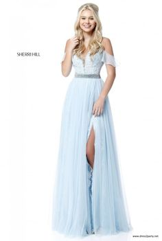 Shop short prom dresses and long prom dresses at PromGirl. Long prom gowns, short dresses for prom, prom dresses and cute prom dresses for junior and senior prom. Sherri Hill Prom Dresses, Cute Prom Dresses, Pretty Dresses, Homecoming Dresses, Beautiful Dresses, Bridesmaid Dresses, Formal Dresses, Lace Dress, Tulle Lace
