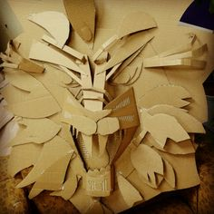 Cardboard lion mask Cardboard Relief, Cardboard Mask, Cardboard Sculpture, Lion King Jr, Dragon Mask, Cardboard Design, Sculpture Lessons, Paper Mask, Lion Art