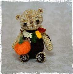 """Thread Artist Bear  """"Autumn""""  Thread Heads© by Deb"""