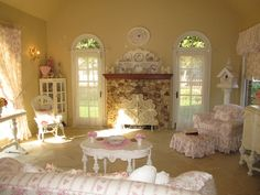 brown and pink shabby chic living room decor | Living room