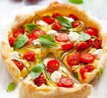 Recette - Tarte au Chavroux, tomates et courgettes - Proposée par 750 grammes