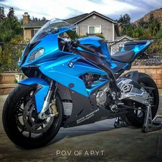 They say beauty is in the eye of the beholder. IG: @apple_jacks_m3 #sportbike #bikelife #bmw #s1000rr #tbt