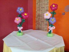Flores de globos para decoración de eventos.