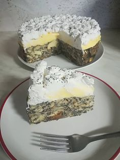 Mákos guba torta, ennél finomabb édességet én még nem kóstoltam! - Egyszerű Gyors Receptek Cookie Desserts, Sweet Desserts, Cookie Recipes, Delicious Desserts, Dessert Recipes, Yummy Food, Hungarian Desserts, Hungarian Recipes, Unique Recipes