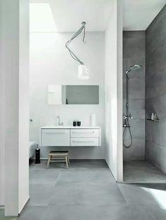 Tolomeo in the bath