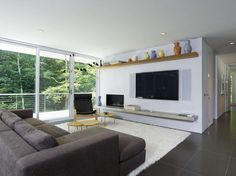 Green Woods House by Stelle Lomont Rouhani