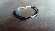bracelet cuir bleu et perles tubes argent
