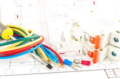 Améliorer vos installation électrique avec Electricien Colombes vous propose des service bien rentable. Il va faire tout vos installation et réparation de vos appareil électroménager. ça fait des année qu'il est en fonction mais il sait réparer même les machines révolutionnaire d'aujourd'hui.