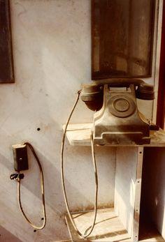Telephone, Photo by William Eggleston, 1980 Object Photography, Urban Photography, Abstract Photography, Artistic Photography, Color Photography, Vintage Photography, Fine Art Photography, Street Photography, Landscape Photography