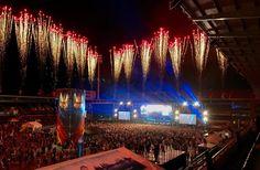 Festivalgjester i fyr og flamme - og det er bare ett ?r til neste gang Hva er det med denne Jugendfesten, egentlig?