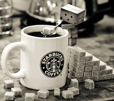 Danbo / suiker suikerklontjes / koffie / koffiemok mok / sugar / coffee / mug / starbucks coffee Café Starbucks, I Love Coffee, Coffee Break, My Coffee, Coffee Mugs, Morning Coffee, Sweet Coffee, Drink Coffee, Coffee Lovers