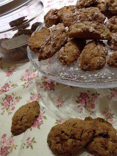 Una colazione ricca ed equilibrata con i biscotti al müesli. http://blog.shopty.com/it/ricette/una-colazione-ricca-ed-equlibrata-con-i-biscotti-al-muesli.php