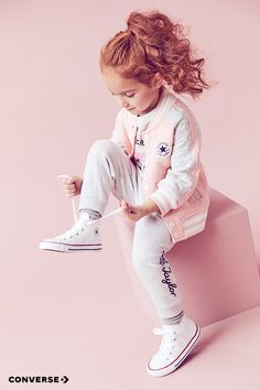 Shop the newest Converse styles for your kids today. Little Girl Outfits, Little Girl Fashion, My Little Girl, My Baby Girl, Toddler Fashion, Kids Fashion, Toddler Girl, Baby Kids, Outfits Niños