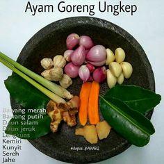 Design menu chinese 39 new Ideas Indonesian Food Traditional, Indonesian Cuisine, Indonesian Recipes, Base Foods, I Foods, Unique Recipes, Asian Recipes, Malay Food, Western Food