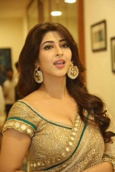 Indian Wife, Indian Girls, Hottest Models, Hottest Photos, Hot Actresses, Indian Actresses, Nikki Bella Photos, Sonarika Bhadoria, Festival Image