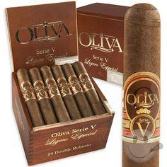 Oliva Serie 'V' - Outstanding Smoke