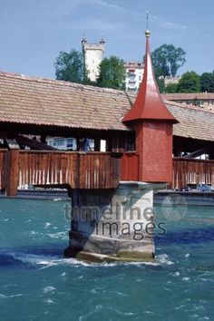 Schirmerturm an der Spreurerbrücke in Luzern, 1983 Raigro/Timeline Images Timeline Images, Gazebo, Outdoor Structures, Cabin, House Styles, Home Decor, Switzerland, Kiosk, Decoration Home
