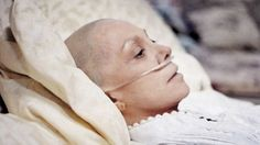 12 Changes That Will Cut Your Cancer Risk in Half. Cancer used to be a rare disease; so what happened? Health Diet, Health And Nutrition, Health And Wellness, Beat Cancer, Cancer Cure, Professor, Healthy Holistic Living, Cancer Fighting Foods, Health