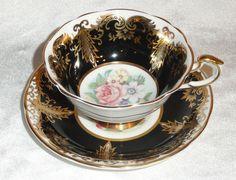 Vintage PARAGON ENGLAND Bone China TEA CUP & SAUCER SET Black ROSES Gold Trim