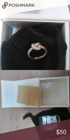 Michael Kors ring Gold/diamond size 6 Michael Kors Jewelry Rings