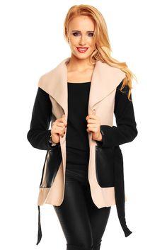 Jakke - Rigtig flot forårs jakke med læderlook lommer. Lukkes med snøre og har en lille åbning i hver side, så den ikke sidder for stramt over numsen. Materiale: 80% Polyester. 18% Viskose. 2% Elastan Modellen bruger en str. small Kr. 299,-