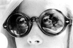 http://hauntedbystorytelling.tumblr.com/post/82811219588/yale-joel-sun-glasses-1963