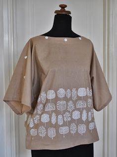Handmade by Carolyn:  pretty kimono sleeve top, linen.