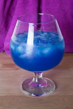 Blue Ocean (1 shot vodka 1/2 shot blue curacao 1/3 shot grapefruit juice 1/4 shot simple syrup)