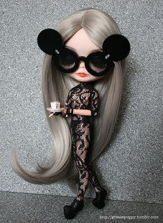 Blythe as Gaga. Check out my AFFORDABLE doll store: http://astore.amazon.com/bandwapopulcultu. Curated by NYC Metro Fandom. NYC Tri-State Fan Events: http://yonkersfun.com/category/fandom/
