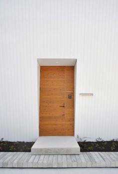 建築家:林 伸嘉「『富木島の家』クール&斬新デザインの都会的な住まい」