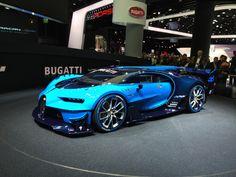 FRANCFORT 2015. Los imperdibles de la Feria Internacional del Automóvil.Bugatti Vision Gran TurismoOtro ejemplo de coche hecho para el videojuego GT. Es una interpretación libre del futuro de la marca, quizás anticipando algo de lo que vendrá en la era post Veyron.
