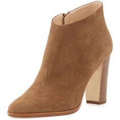 Manolo Blahnik Brusta Low-Cut Suede Ankle Bootie (€465) ❤ liked on Polyvore featuring shoes, boots, ankle booties, beige, shoes booties, beige booties, suede booties, suede bootie, block heel ankle boots and suede ankle boots