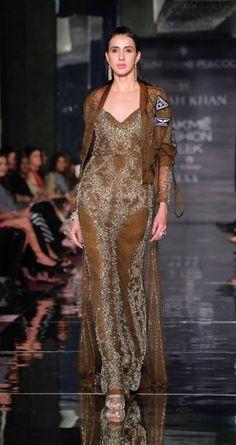 Falguni Shane Peacock x Farah Khan - Lakme Fashion Week AW 17 - 14