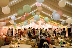 Can I achieve this beautiful and romantic wedding tent? Definitely yes! With wedding paper lanterns, you can easily decorate a wedding venue according on your wedding theme colors. Wedding paper lanterns come in different color and sizes, mixing and matching would be a fun activity!