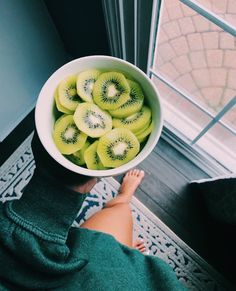 food aesthetic food food recipes food cravings food videos food photography food and drink food recipes for dinner food aesthetic Think Food, I Love Food, Good Food, Yummy Food, Tasty, Delicious Fruit, Fruit Snacks, Healthy Snacks, Healthy Eating