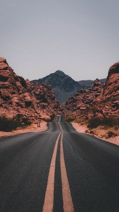 """The post """"Road trips are the true adventure. Get tips for US & Canada routes and wildcamping spots in Europe at PASSENGER X. Valley of Fire State Park, USA photo by Jake Blucker"""" appeared first on Pink Unicorn Bilder Valley Of Fire State Park, Valley Road, Valley View, Landscape Photography, Nature Photography, Travel Photography, Photography Aesthetic, Photography Business, Photography Studios"""