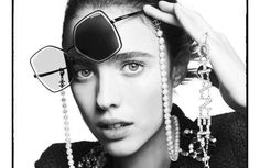 Optical Emporio are proud stockists of a large range of Chanel eyewear, a must-have fashion accessory. From contemporary to iconic styles, the designs demonstrate elegance and femininity, and the know-how and creativity of the House of Chanel. Margaret Qualley, Ali Macgraw, Isabelle Adjani, Claudia Schiffer, Pharrell Williams, Keira Knightley, Cara Delevingne, Bella Gigi Hadid, Freja Beha Erichsen